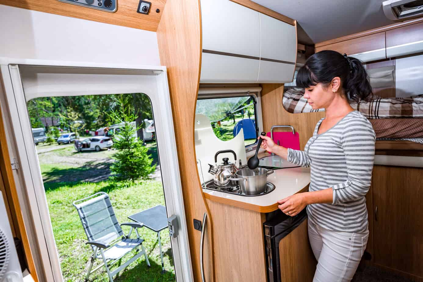 Eatin Good 10 Tiny Trailers With Pull Out Kitchens Camper Report
