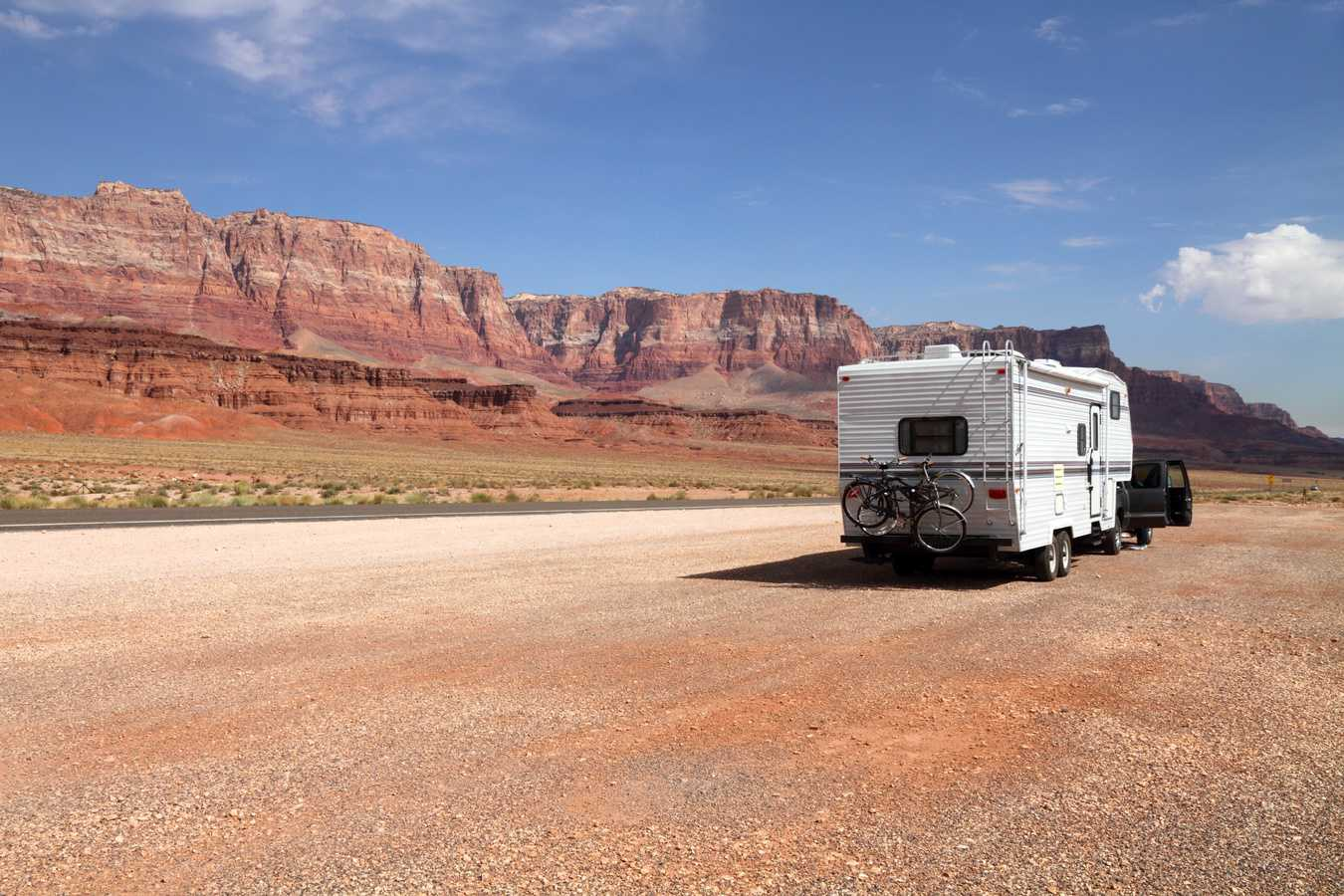 Auto Vox Backup Camera And Mirror The Complete Review Camper Report Pyle Wiring Diagram On Time Delay Switch Best Options For Renting An Rv A Family Trip