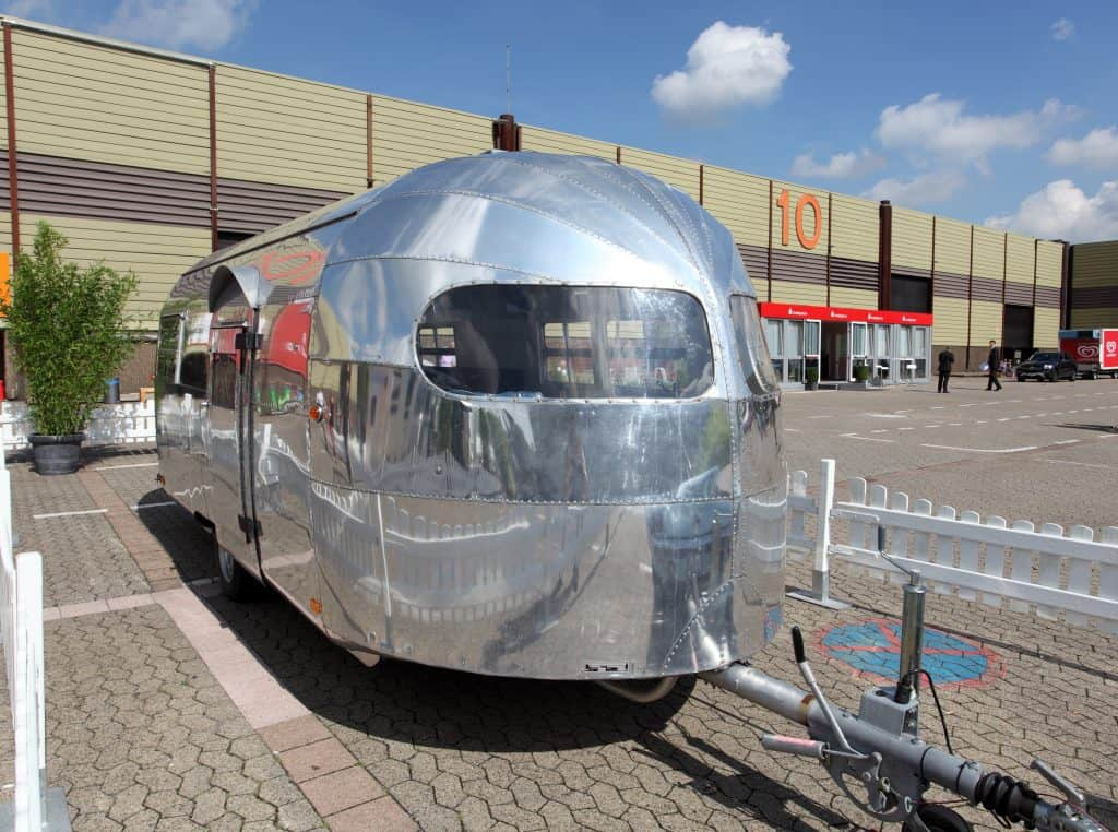 What Is A Fifth Wheel >> Is There Such A Thing As An Airstream Fifth Wheel Camper