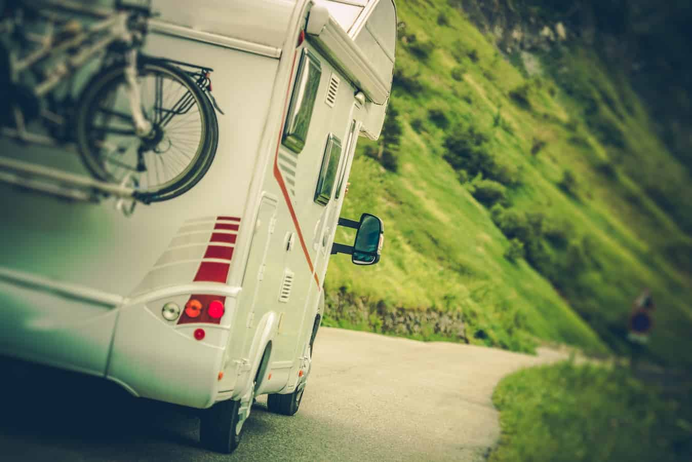 7 Best Motorhome Floorplans Under 20 Feet