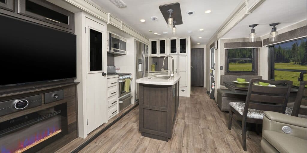 The Jayco Eagle 330RSTS offers a beautiful interior.