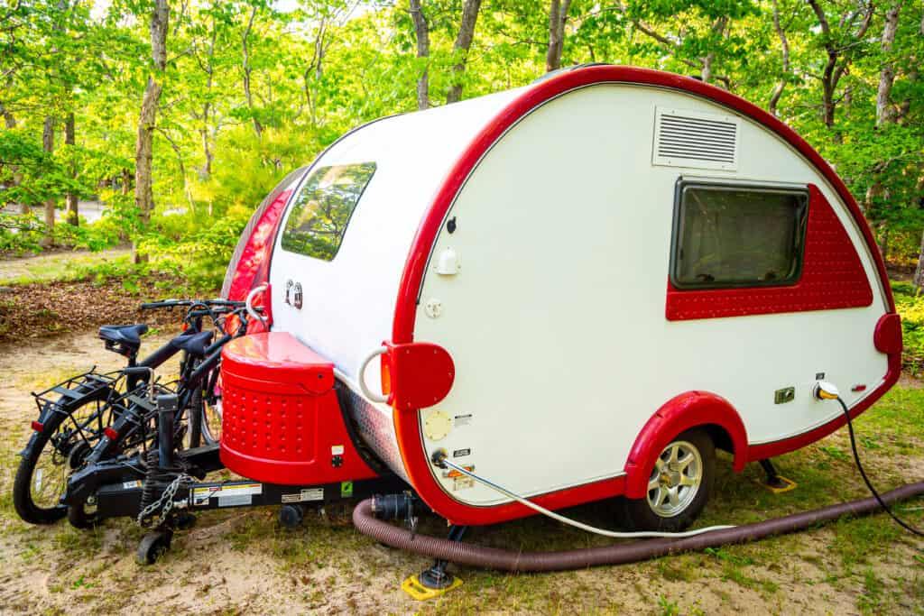 trailer campers versus teardrop trailers comparison
