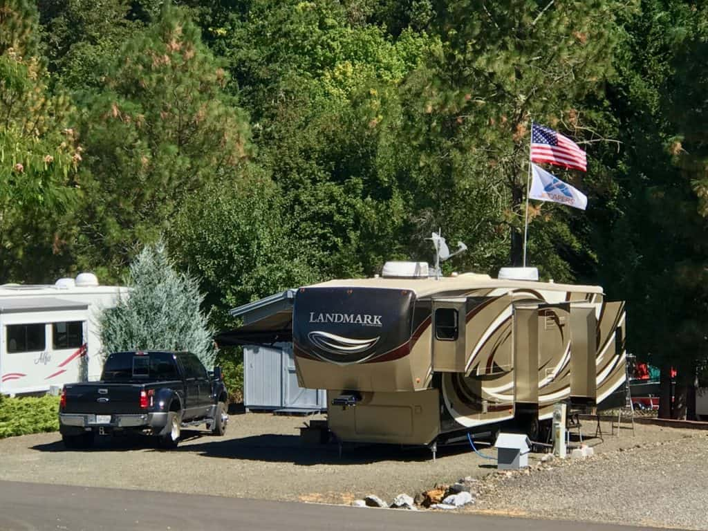 RV sites at Escapees RV Parks